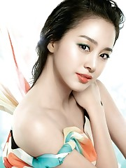 Korean Actress Kim Tae Hee Picture..