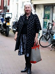 Dots In Amsterdam - Advanced Style