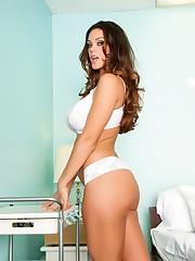 Beautiful Alison Tyler flaunts fine..