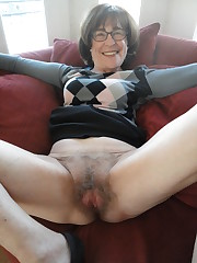 Sexy unshaved granny shows the groin..