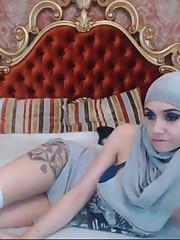 Arabian Malikah web cam porno  (Arabian..