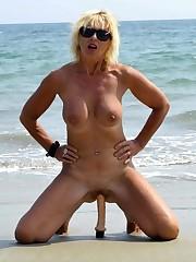 Public mature pussy, beach swinger..