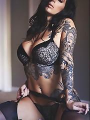 Sexy girl tat - Sex pic