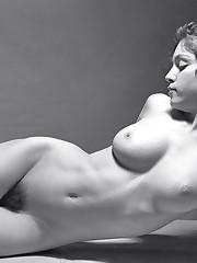 MADONNA, The Last Virgin : LE FOTO NUDE..