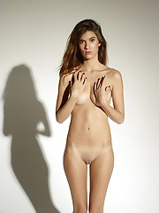 Young And Beautiful Naked Girls