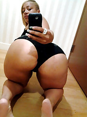 Bootylicious black mom wipes his  with..
