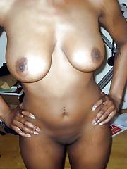 Homemade nude pics of  dark-hued women