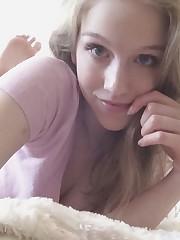 Non Nude Sexy Little girl 4 upskirtporn
