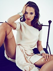 Alicia Vikander super-fucking-hot Tomb..