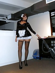 Very beddable maid in erotic..