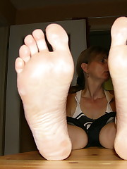 FLover's First-timer Feet Blog -:..