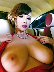 Notorious asian babes revealing their..