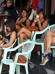 Pattaya Bar Girls - No Money, No Honey?