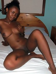 Ebony Amateur, homemade porno, nude..