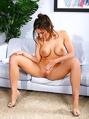 Austin Kincaid Nude Set