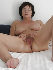 BBWs, Grannies,Matures and Creampies -..