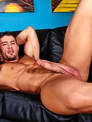 Cody Cummings showcases his perfect..