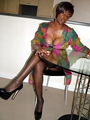Charming black mature housewife fling..
