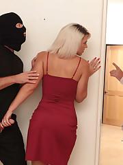 Robber fucked my blonde gf Rhonda