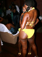 Black goddesses - jaw-dropping amateur..