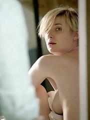 Elizabeth Debicki Bare-chested Vignette..
