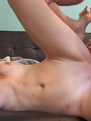 Hunting 4 Amateur Pussy Vol 3 Streaming..
