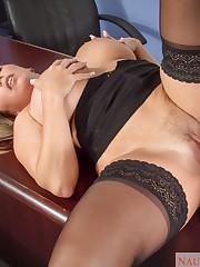 Lecturer Amber Lynn Bach seducing her..