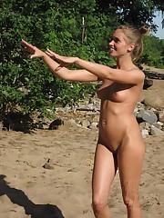 Damsels on naturist beach - RedBust