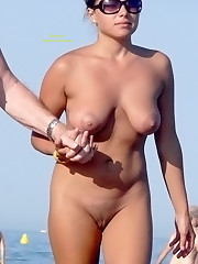 Walking On The Nude Beach Hidden cam..