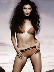 Ashley Tisdale Emily Osment - Naked..