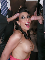 Rachel Starr in Romping The Feds -..