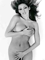 Kelly Brook bombastic nude boobs cooch..