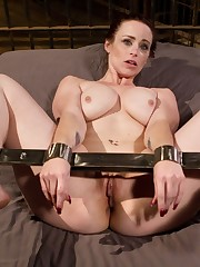 Woman marionette Bella Rossi is forced..