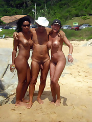 Groups of nudists with age difference -..