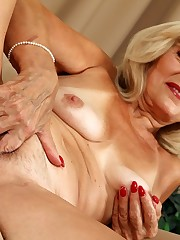 Grandma Porn - granny porn bevy with..