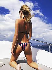 Amanda Holden Soles - celebrity-feetcom