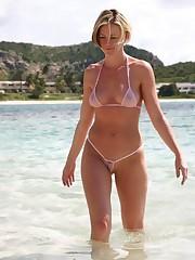 Amateur Observe Through Bikini  Porn..
