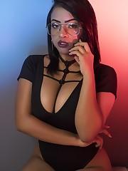 ScarlethTaylor's live sex webcam..