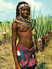 "Angola ""Etnia Umbundu, donna.."