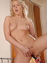 Viktoria Diamond - 1By -Day Picture 13