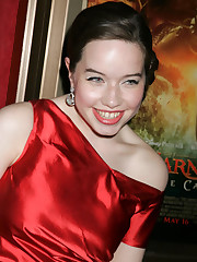 Photo 32 of 39, Anna Popplewell
