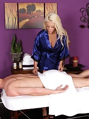 Massageparlor Massage Courtney Taylor @..