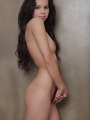 Virgin Nudes - Katka Sweet Surprise