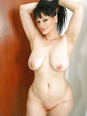 Belles filles mummies et matures (33) -..