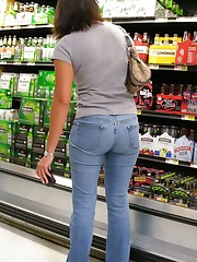 Voyeuy Jpg Walmart Rump Re-Visited