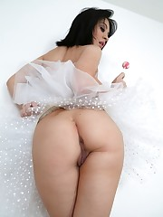 Irresistible ballerinas Sandra Luberc..