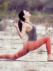 Adriene Mishler WL Yoga With Adriene