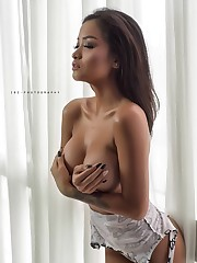 Pin oleh james odin di sexy girl Wanita..