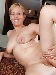 Home Porn Jpg matures with broad opened..