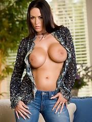 Carmella Bing large bbw - PYGOD BLOG..